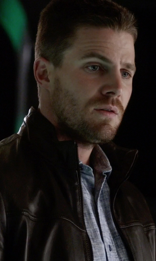 Stephen Amell with Danier Ernest Lightweight Lamb Leather Bomber Jacket in The Flash