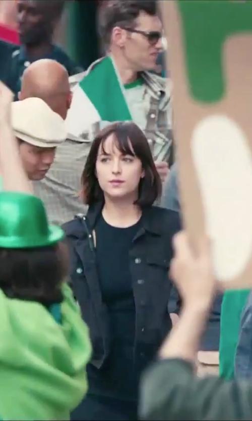 Dakota Johnson with Levi's Boyfriend Trucker Jacket in How To Be Single