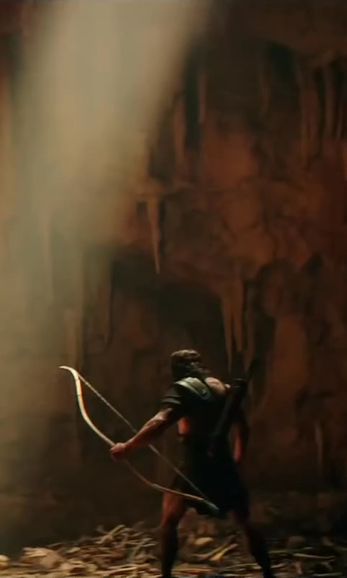Dwayne Johnson with Weta Workshop Custom Made Hercules Bow & Arrow (Hercules) in Hercules