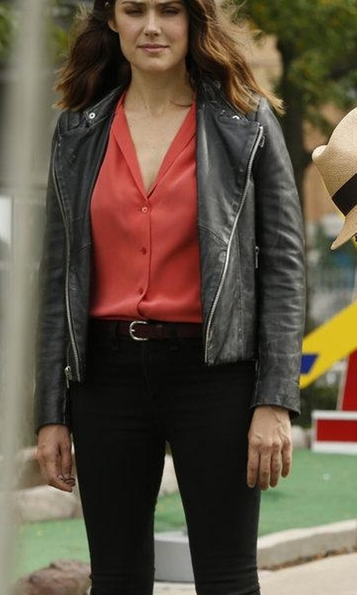 Megan Boone with NYDJ Alina Colored Stretch Skinny Jeans in The Blacklist