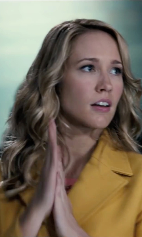 Anna Camp with Anthropologie Luisa Cropped Peacoat in Pitch Perfect