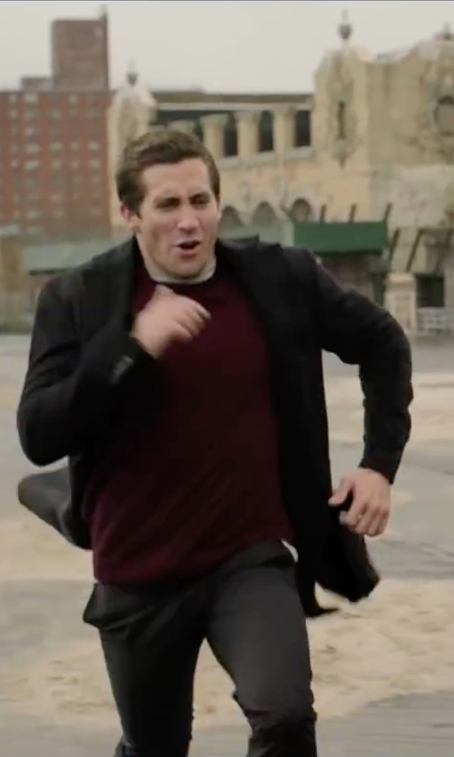 Jake Gyllenhaal with Thamanyah Dislocated Shoulder Blazer in Demolition