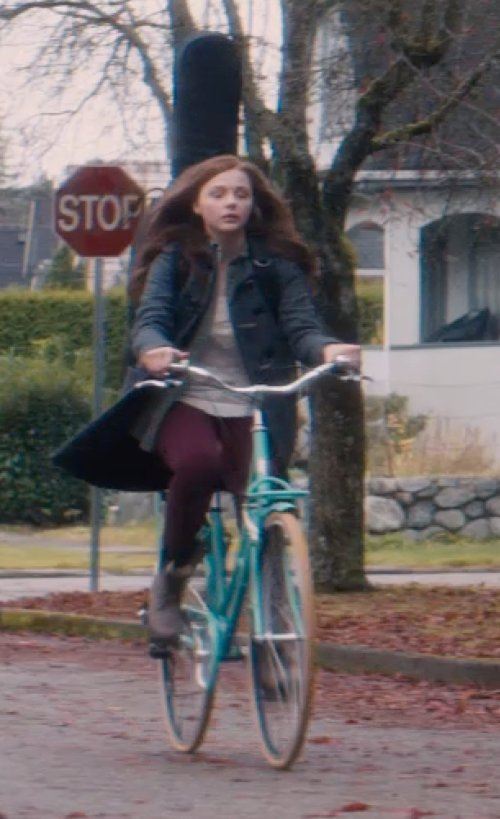 Chloë Grace Moretz with Hurley Scoop Neck T-Shirt in If I Stay