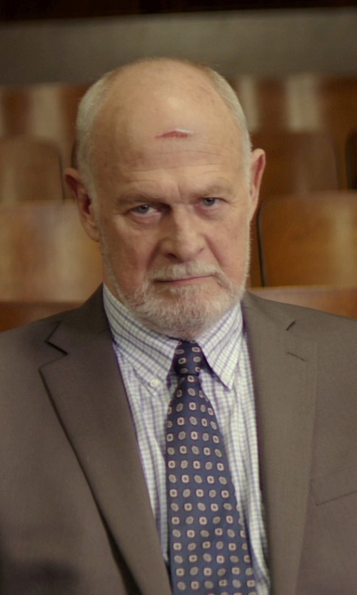 Gerald McRaney with Neiman Marcus Trim-Fit Plaid Dobby Dress Shirt in The Best of Me