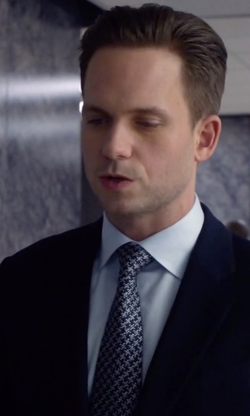 Patrick J. Adams with Ermenegildo Zegna French-Collar Shirt in Suits