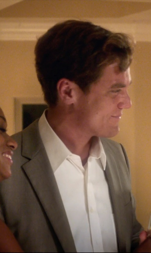 Michael Shannon with Brooks Brothers Solid Non–iron Dress Shirt in 99 Homes