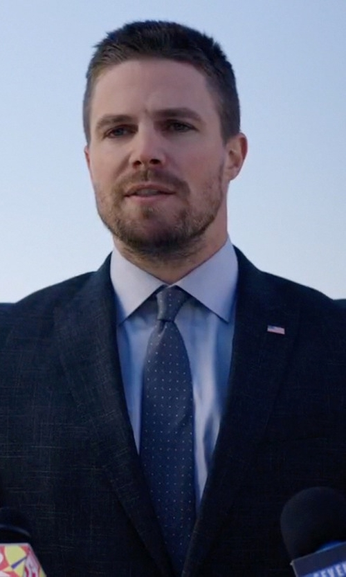 Stephen Amell with Hart Schaffner Marx New York Classic Fit Plaid Wool Suit in Arrow