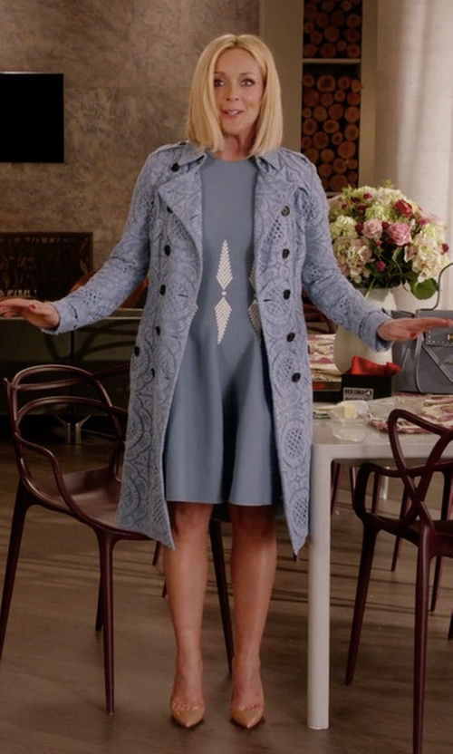 Jane Krakowski with Burberry Double-Breasted English Lace Trenchcoat in Unbreakable Kimmy Schmidt