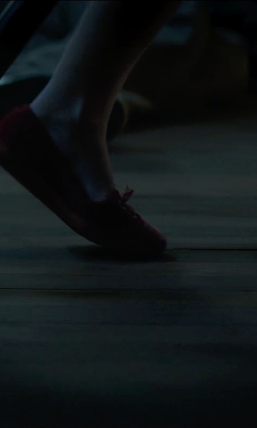 Unknown Actor with UGG Ariana Casual Loafer Shoes in Sinister 2