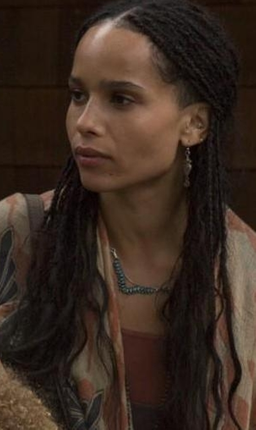 Zoë Kravitz with Tory Burch Pearly Chain Rosary Necklace in Big Little Lies