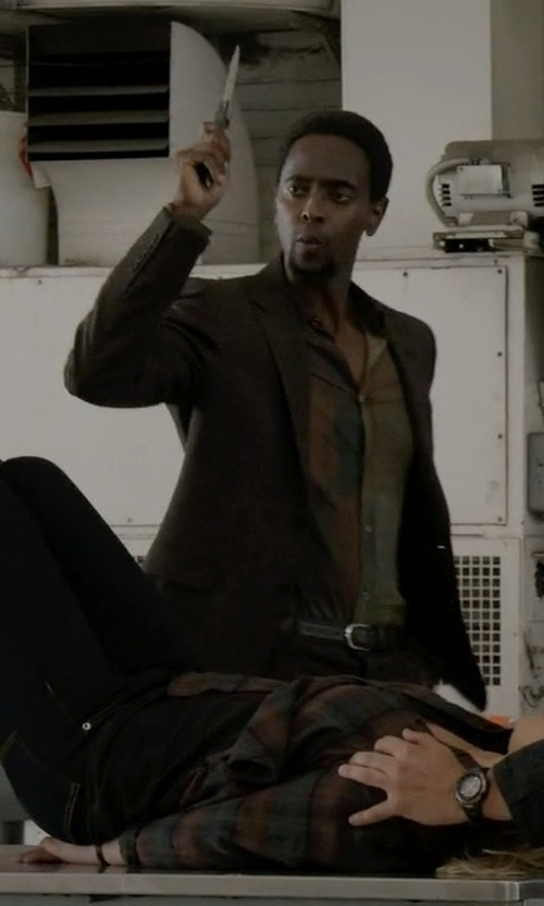 Edi Gathegi with Tommy Hilfiger Hopsack Wool Sportcoat in The Blacklist