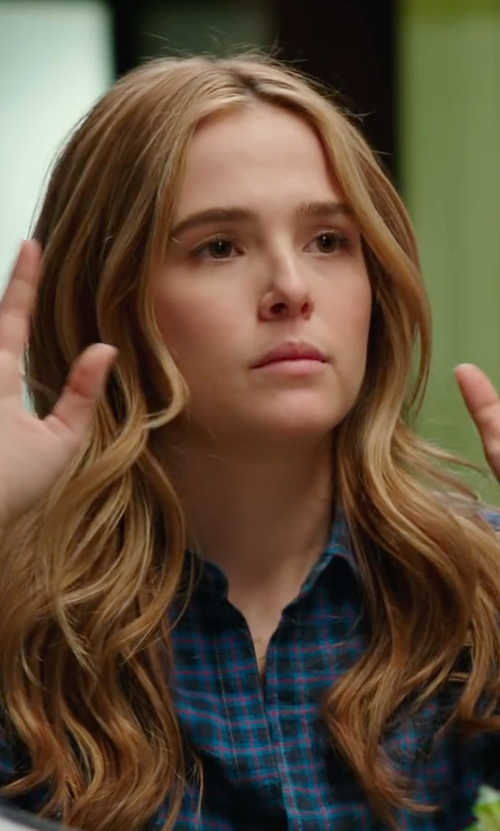 Zoey Deutch with Joe's Jeans Nico Button Up Shirt in Why Him?