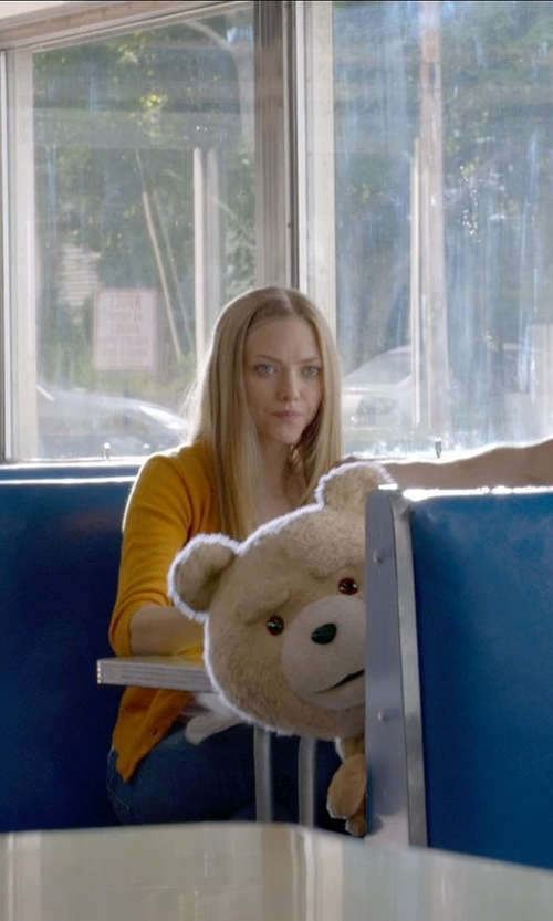 Amanda Seyfried with KUT from the Kloth 'Diana' Stretch Skinny Jeans in Ted 2