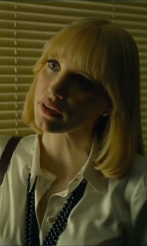Jessica Chastain with Kate Spade New York Give It A Swirl Beaded Twist Necklace in A Most Violent Year