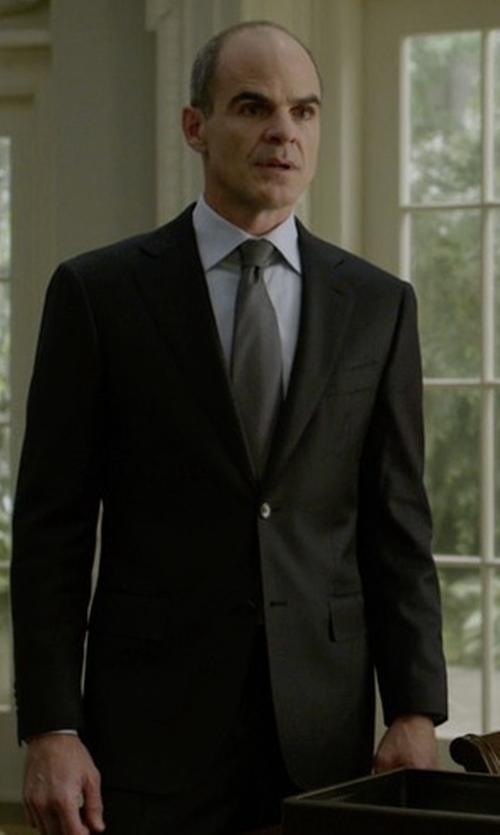 Michael Kelly with Boss Huge Slim-Fit Basic Suit in House of Cards