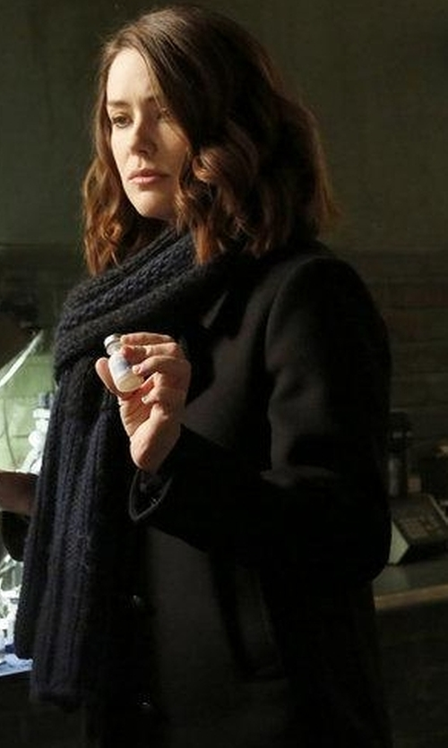 Megan Boone with Ministry of Supply All Season Scarf in The Blacklist