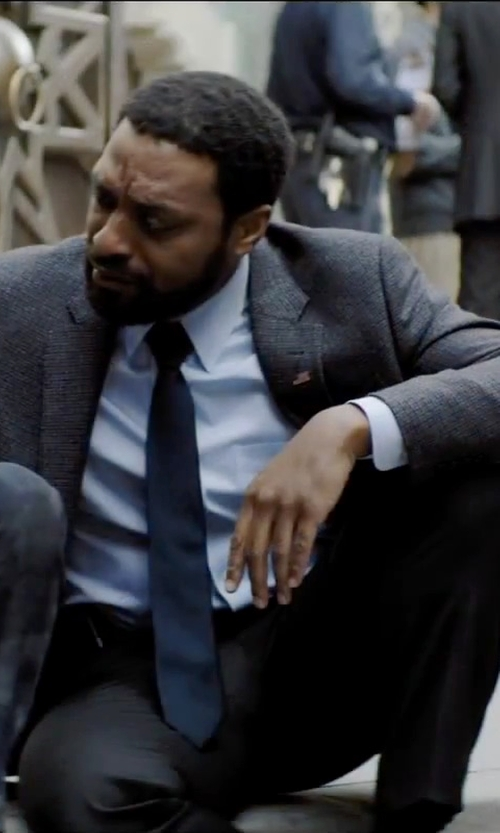 Chiwetel Ejiofor with Brooks Brothers Madison Fit Plain-Front Flannel Trousers in Secret in Their Eyes