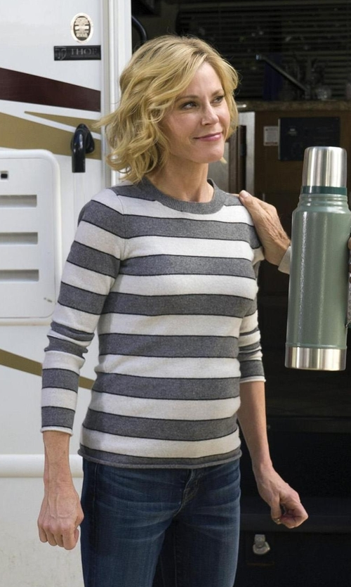 Julie Bowen with Eileen Fisher Organic Linen & Organic Cotton Striped Sweater in Modern Family