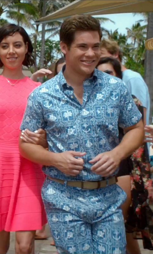 Adam DeVine with Brooks Brothers Regent Fit Nautical Print Popover Short-Sleeve Sport Shirt in Mike and Dave Need Wedding Dates