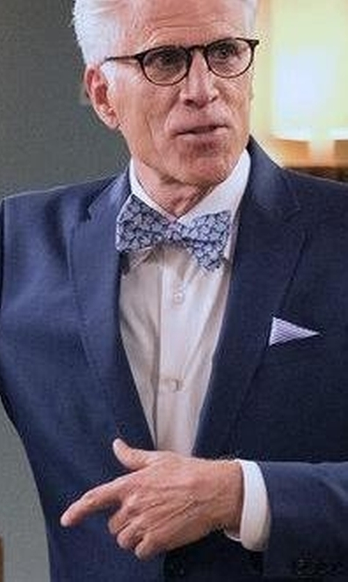 Ted Danson with Jones New York Round Eyeglasses in The Good Place