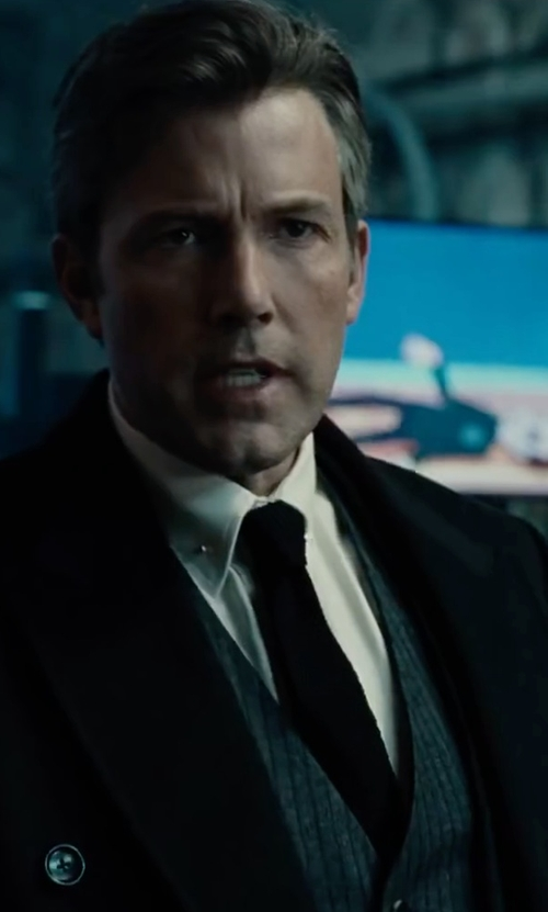 Ben Affleck with Lanvin Knit Silk Tie in Justice League