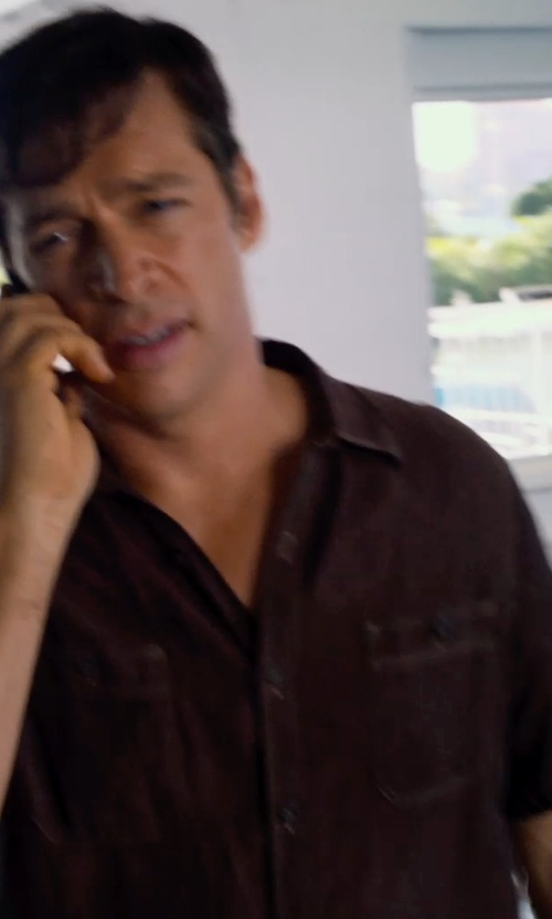 Harry Connick Jr. with Rogue State Short Sleeved Button-down in Dolphin Tale 2