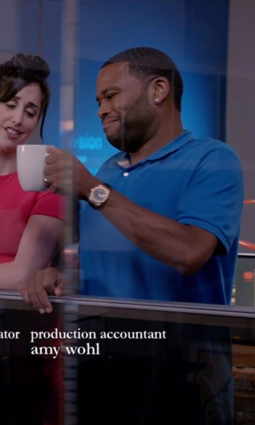 Anthony Anderson with Hugo Boss Leather Strap Watch in Black-ish