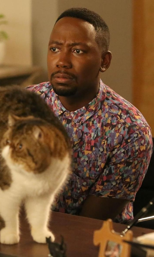 Lamorne Morris with Marc Jacobs Tropical Floral Button Up Shirt in New Girl