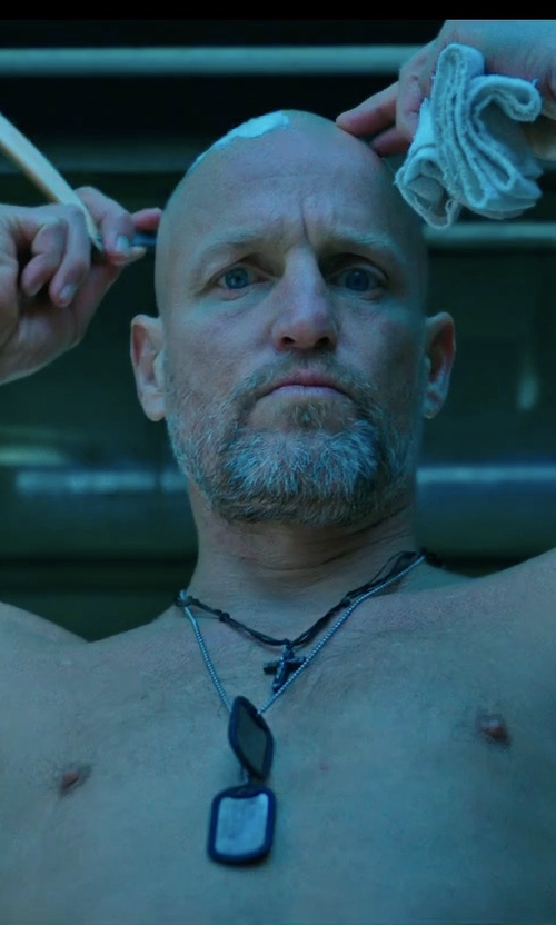 Woody Harrelson with Forevergiftsusa Stainless Steel Double Dog Tag in War for the Planet of the Apes