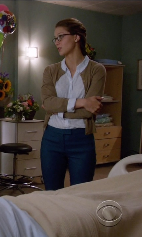 Melissa Benoist with Boden Favorite Crop Cardigan in Supergirl