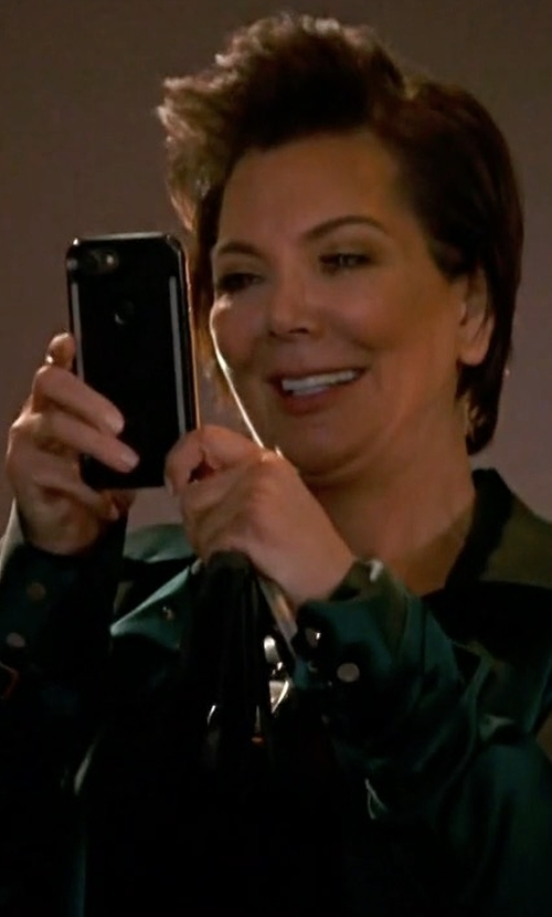 Kris Jenner with LuMee Duo for iPhone 7, 6s, 6 Case in Keeping Up With The Kardashians