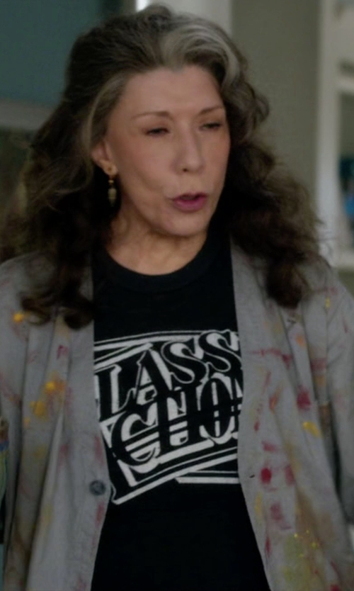 Lily Tomlin with Chaser Everything All The Time T-Shirt in Grace and Frankie