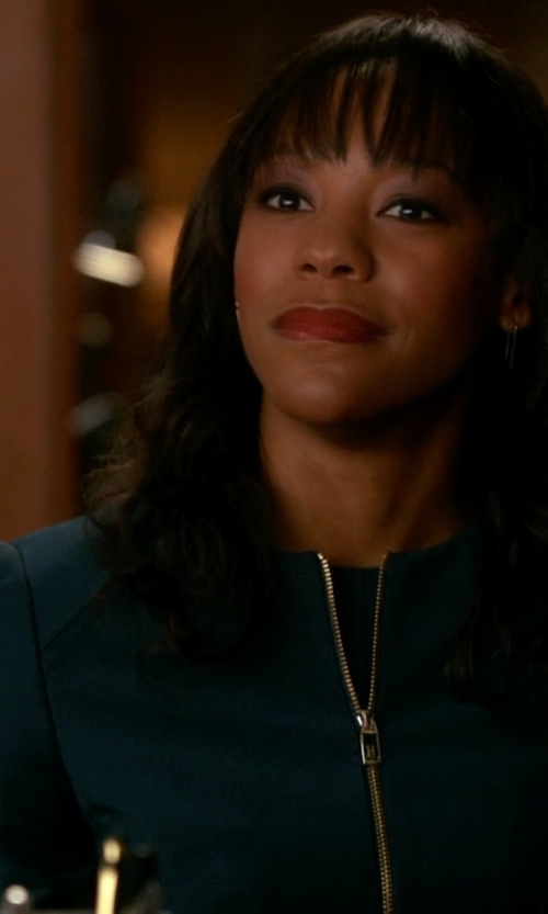 Anika Noni Rose with Pinko Black Collarless Blazer in The Good Wife