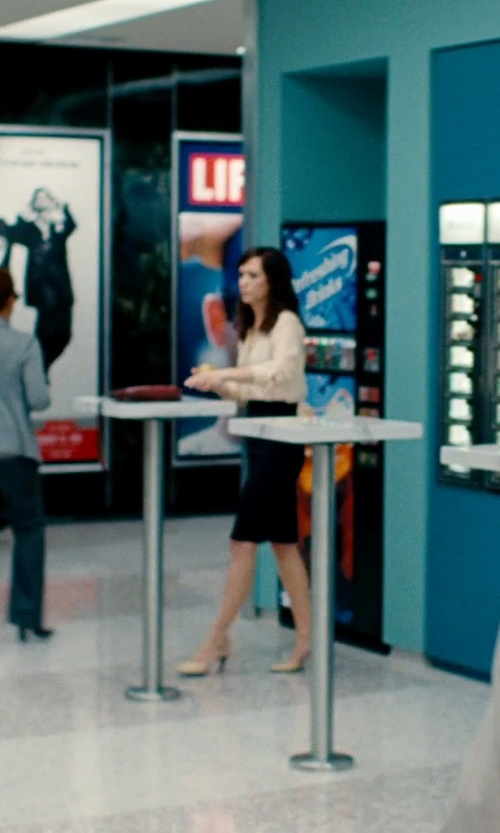 Kristen Wiig with Shoe Cult Nicole Pumps Shoes in The Secret Life of Walter Mitty