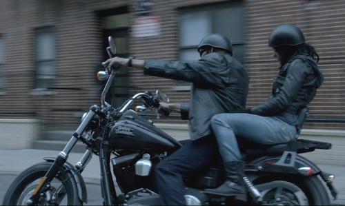Mike Colter with Harley-Davidson FXDB Dyna Street Bob Motorcycle in Jessica Jones