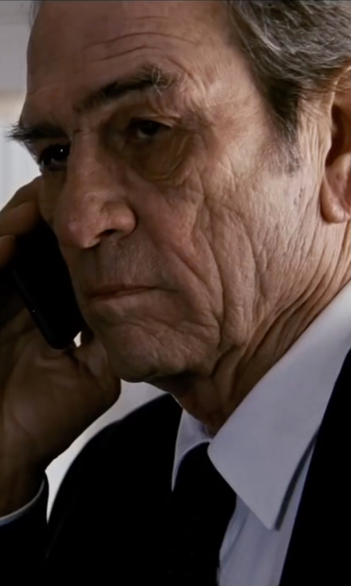 Tommy Lee Jones with Anto Beverly Hills Necktie in Jason Bourne