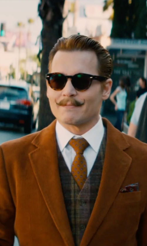 Johnny Depp with Polo Ralph Lauren Silk Paisley Pocket Square in Mortdecai