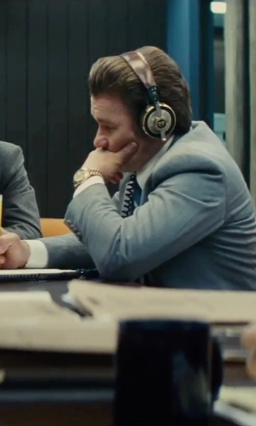 Joel Edgerton with Eskuche 33iS On-Ear Audio Headphones in Black Mass
