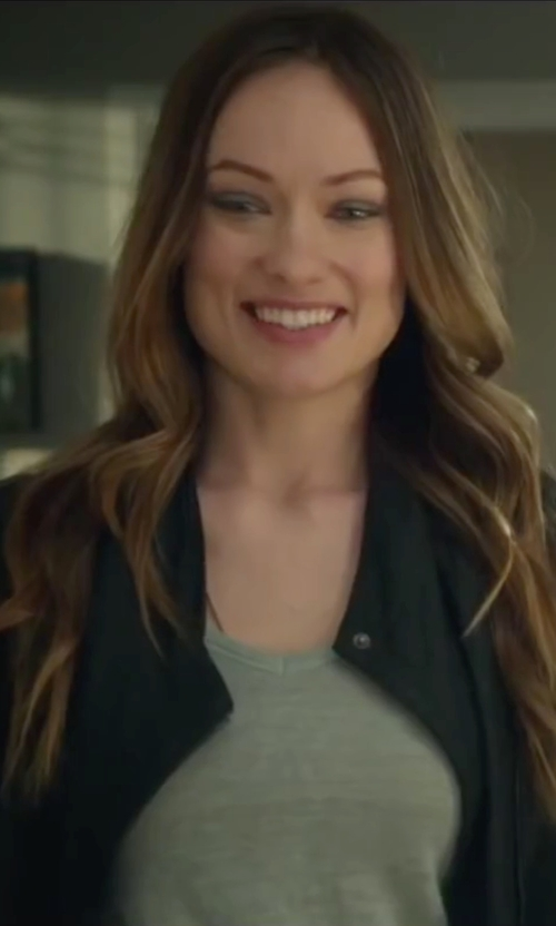 Olivia Wilde with Splendid Tapered Pants in Love the Coopers