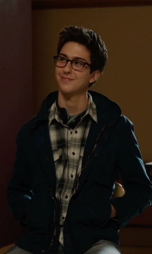 Nat Wolff with Ernest Hemingway Designer Reading Glasses in The Fault In Our Stars