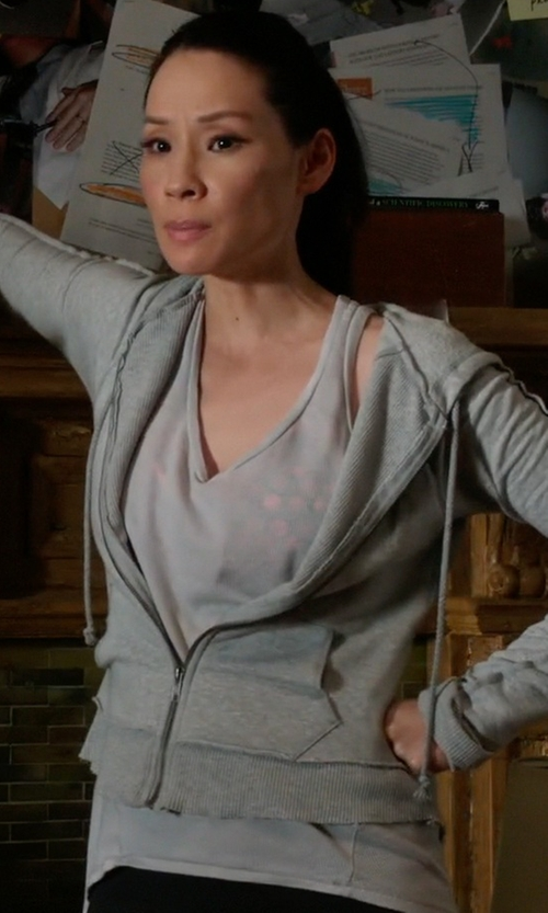 Lucy Liu with Wilt Shrunken Shirtail Tank Top in Elementary