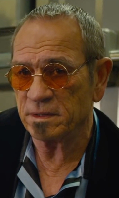 Tommy Lee Jones with Ray-Ban Round Metal Sunglasses in Mechanic: Resurrection