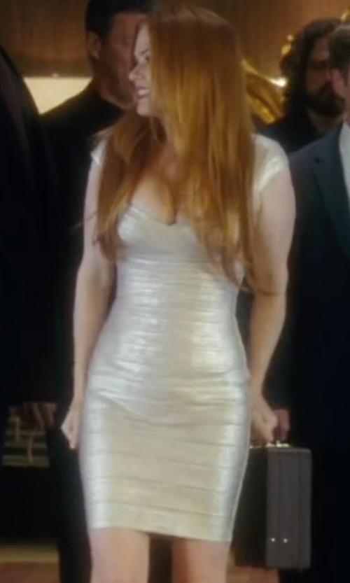 Isla Fisher with Herve Leger Cap-Sleeve Bandage Dress in Keeping Up with the Joneses
