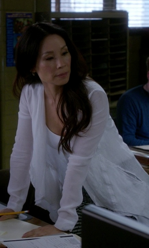 Lucy Liu with Splendid Very Light Jersey Drape Cardigan in Elementary