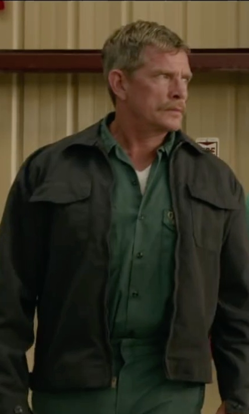 Thomas Haden Church with Live Your Adventure Relaxed Fit Signature Twill Shirt in Max