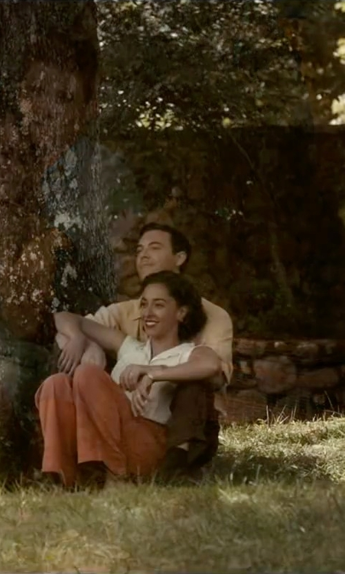 Oona Chaplin with Nonoo Sleeveless Pima Cotton Shirt in The Longest Ride