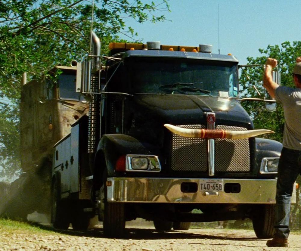 KENWORTH T370 in Transformers: Age of Extinction