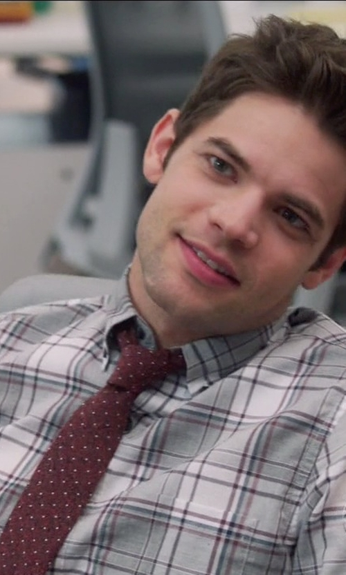Jeremy Jordan with J. Crew MIcrodot English Silk Tie in Supergirl