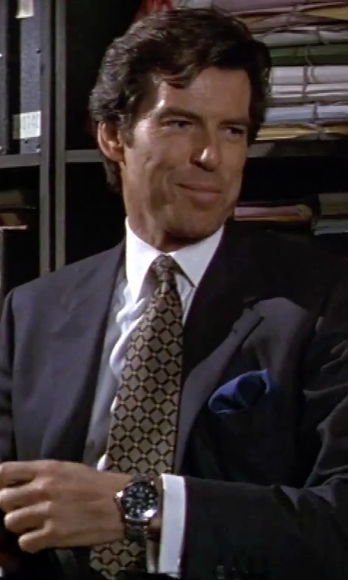 Pierce Brosnan with Sulka Geometric Pattern Tie in GoldenEye