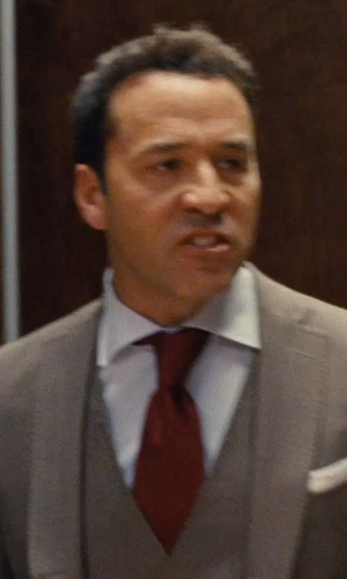 Jeremy Piven with Stefano Ricci Basic Solid Dress Shirt in Entourage